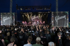 Gibson_tent_Download_festival.jpg