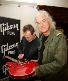 Jimmy_page_Mojo_Awards.jpg
