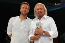 Chris Martin & Barry Gibb.jpg